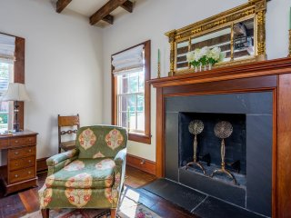 Morrison Cabin Offers the Finest Interiors, Unique History and Best Location, Lexington
