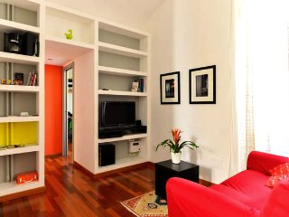 New listing! Modern Colosseo Apartment - Central Location
