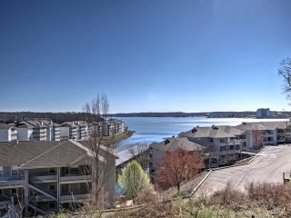NEW! Lakefront 2BR Village of Four Seasons Condo!, Sunrise Beach