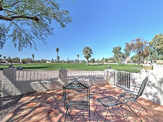 NEW! Lovely 2BR Mesa Townhome on Golf Course!