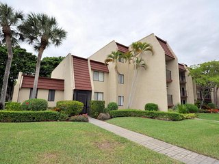 Fountains Golf & Tennis Country Club - 2BR,2BA - Golf View Condo (3 Mth Rental)