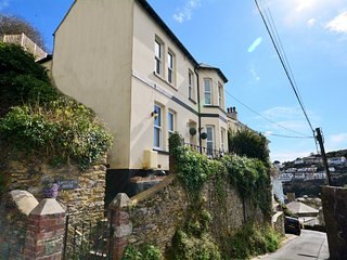 42989 House in Looe