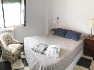 Bright, stylish but very cozy apartment in city center, Siviglia
