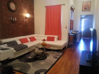 Beautiful 2 bdrm and Rooftop 1 block from Central Park, Nueva York