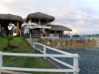 Casa Los Panchos - Oceanview with Pool in Olon