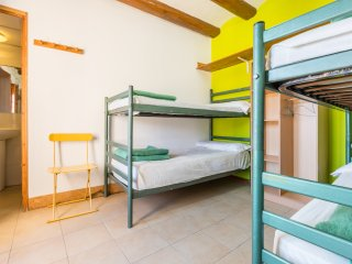 Alberg La Solana - 22 - Quadruple Room (3 - 4 Guests)