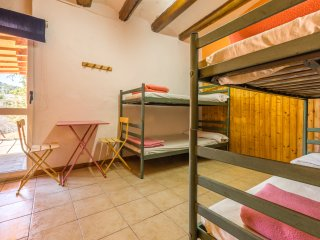 Alberg La Solana - 21 - Quadruple Room (3 - 4 Guests)
