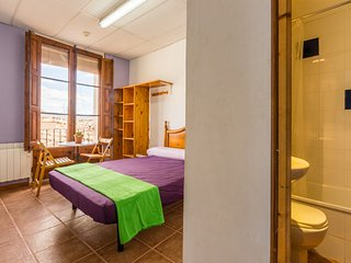 Alberg La Solana - 14 - Suite Room With Double Bed  (2 Guests)