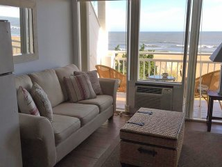 Oceanfront Studio Virginia Beach Boardwalk 40th Street  Oceans II #202 -