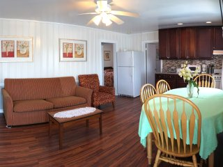The Lukas Apartments Apt 2: Three Bedroom Apartment, Ocean City