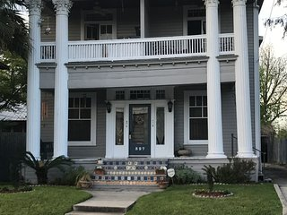 Apt# 1 - Beautiful Historic Apt Near Riverwalk and Pearl Brewery