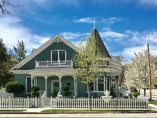 Renewed Downtown Charm at an Amazing Location--13th & Vine, Paso Robles