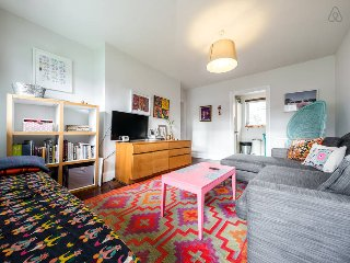 Bright 1 bed in Battersea close to Chelsea!