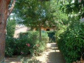 Sunny 3 beds House near the Beach and old Village historic center...