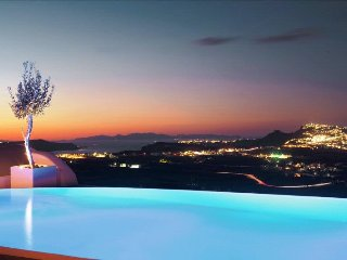 Suite with private pool and panoranic views, Pyrgos