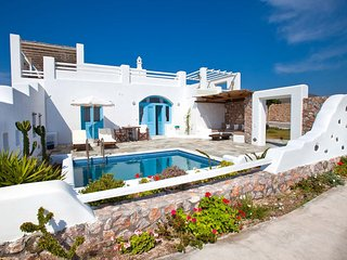 Blue Villas | Zephyros | Spectacular new villa, Vourvoulos