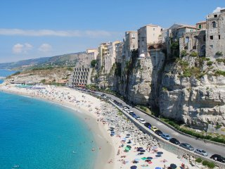 Fantastic sea view apartment in Tropea's old town only 5 min. walk from beaches