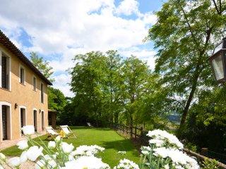 Casale Il Poggio, panoramico, piscina al centro dell'azienda agricola