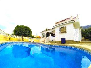Villa veraniega con piscina