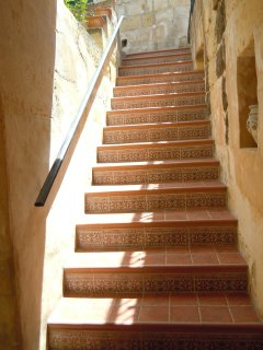 ZNUBER holiday house exterior stairs from ground floor patio to first floor patio