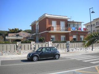 Casa Libero, direkt am Meer,, Minturno, deutschsprachige Betreuung, Scauri