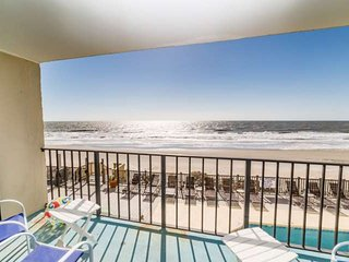Horizon East 104, Newly Renovated First Floor Oceanfront!, Murrells Inlet