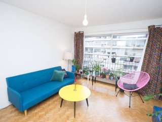 Lovely apartment in a trendy neighborhood