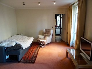 Nice apartment 15 minutes walk from Sacre Coeur
