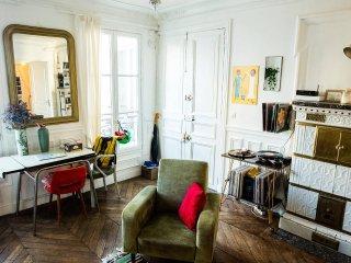 Splendid Haussman apartment in the center of Paris