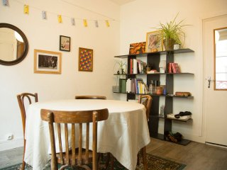 Superb apartment between Opera and Montmartre