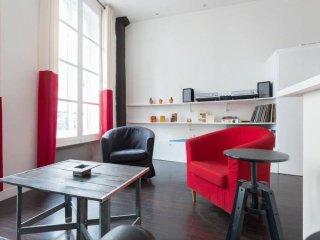 Amazing apartment - trendy area (Paris Belleville)
