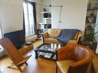Apartment for 6 with amazing view on Montmartre