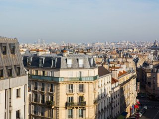 Stunning view in the heart of Paris