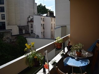 Amazing apartment with balcony - trendy area, Chaumontel