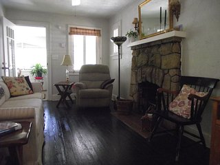 Enjoy Our Charming Historic District Lake Worth Home Within a Mile of the Beach
