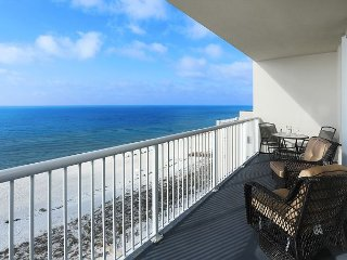 OPEN 8/19-8/24 FOR $1155 TOTAL! BEACHFRONT FOR 10!NEW OWNERS UPGRADED!