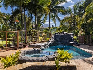 Incredible Vacation Home With All The Amenities!