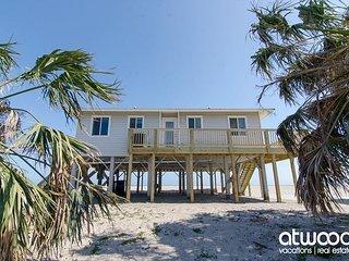 Corrigan - Perfectly Sized Beach Front Home, Edisto Island