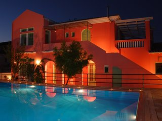 Luxury apartment for 4 persons with shared pool, Lygia