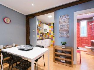 Apartamento en el Casco Viejo. Wi-Fi IBI279, Bilbao