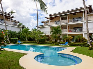 One bedroom condo steps to the beach