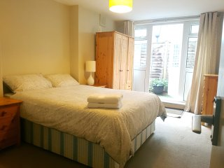 Spacious One-bedroom in Zone 1 London, Walworth
