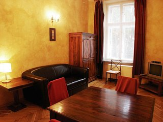 Colonial 2 apartment in Kazimierz with WiFi & lift.