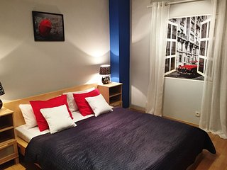 Viva Las Vegas apartment in Stare Miasto with WiFi.