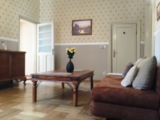 Cracovia 1 apartment in Kazimierz with WiFi & lift.