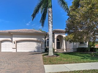 Spacious Marco Island Home w/Pool, Hot Tub & Lanai