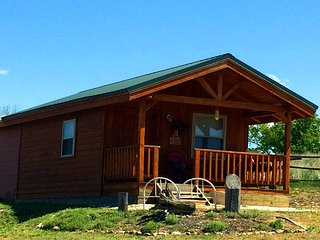 Wilderness Spirit Cabins LLC- the 'Wolf Den'