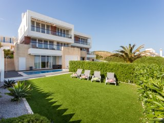 4 Bedroom Villa on the Sea front