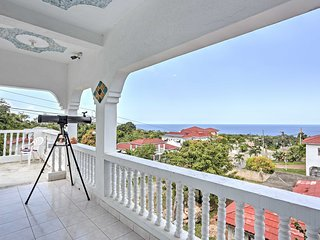 Boscobel Villa w/ Ocean Views by James Bond Beach!