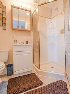 3rd floor bathroom en suite